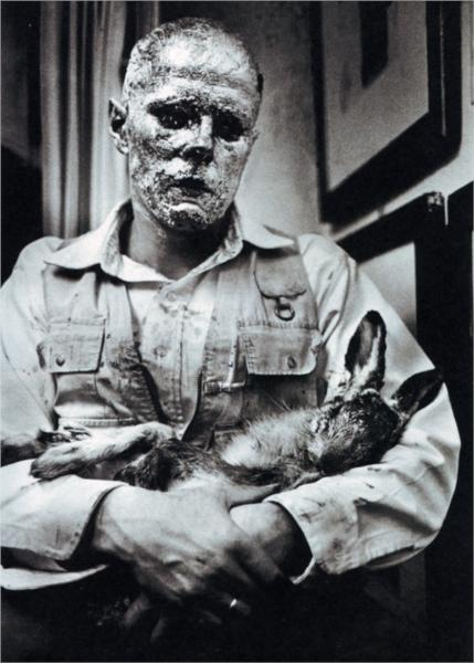 Beuys_how-to-explain-pictures-to-a-dead-hare