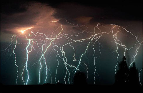 DeMaria_lightningPoles02